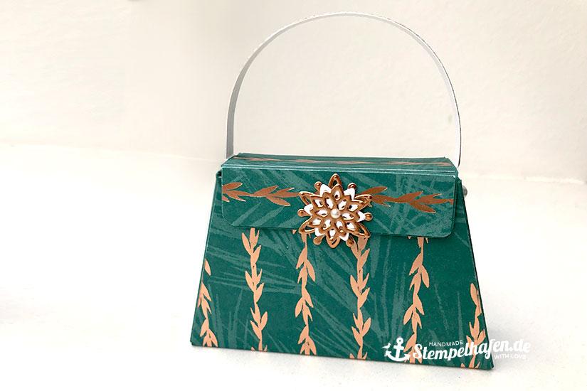 Handtasche aus Papier zu Weihnachten - Quadratische Klapp Verpackung - Box edel - Stampin' Up! Bastelbedarf in Hamburg
